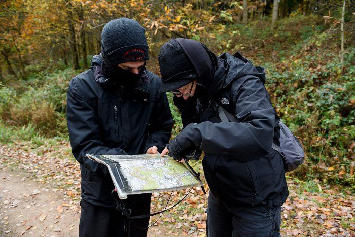 saboteadores-caza-mapa-bosque